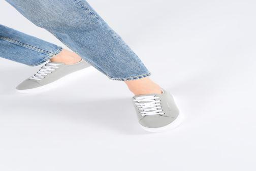 Sneaker Esprit Colette LU grau ansicht von unten / tasche getragen