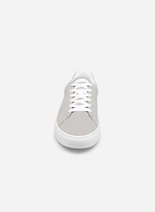 Sneaker Esprit Colette LU grau schuhe getragen