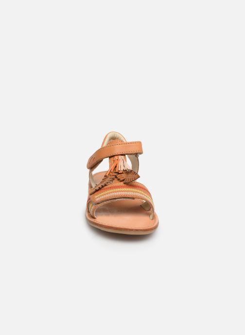 Sandales et nu-pieds Noël Saigon Marron vue portées chaussures