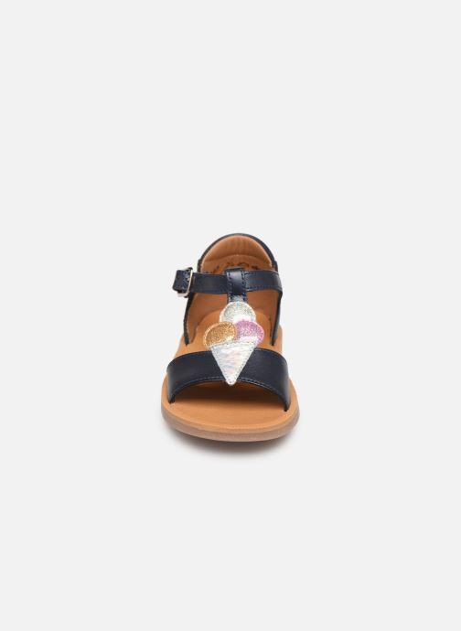 Sandales et nu-pieds Pom d Api Poppy Ice Cream Bleu vue portées chaussures