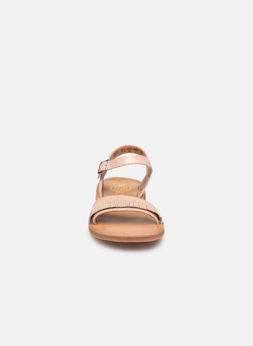 Sandales et nu-pieds Pom d Api Plagette Fringes Rose vue portées chaussures