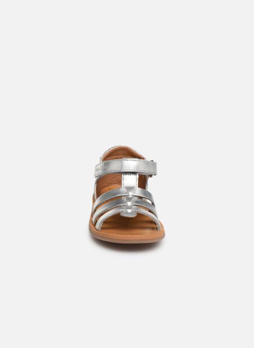 Sandales et nu-pieds Pom d Api Poppy Strap PRT Argent vue portées chaussures