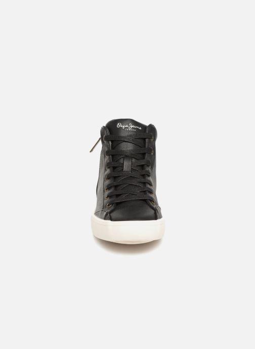 Sneakers Pepe jeans Clinton Break Nero modello indossato