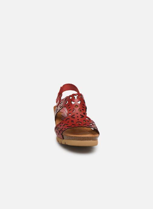Sandales et nu-pieds Dorking Summer 7846 Rouge vue portées chaussures