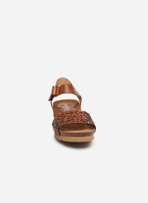 Sandales et nu-pieds Dorking Summer 7847 Marron vue portées chaussures