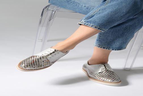 Chaussures à lacets Dorking Romy 7852 Argent vue bas / vue portée sac