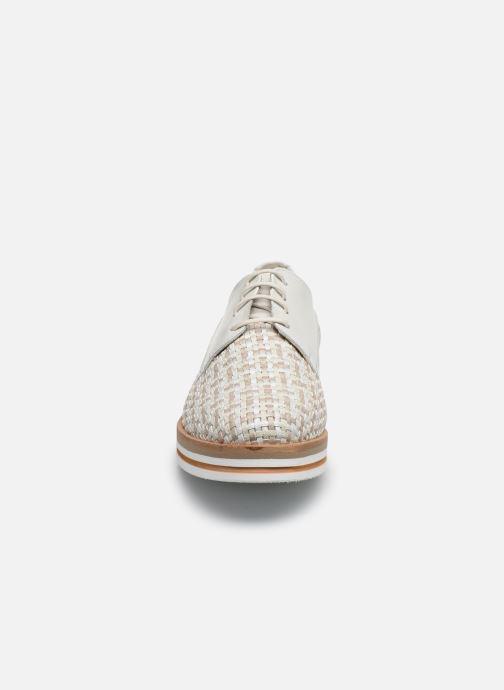Chaussures à lacets Dorking Romy 7852 Blanc vue portées chaussures