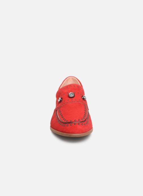 Mocassins Dorking Salor 7782 Rouge vue portées chaussures