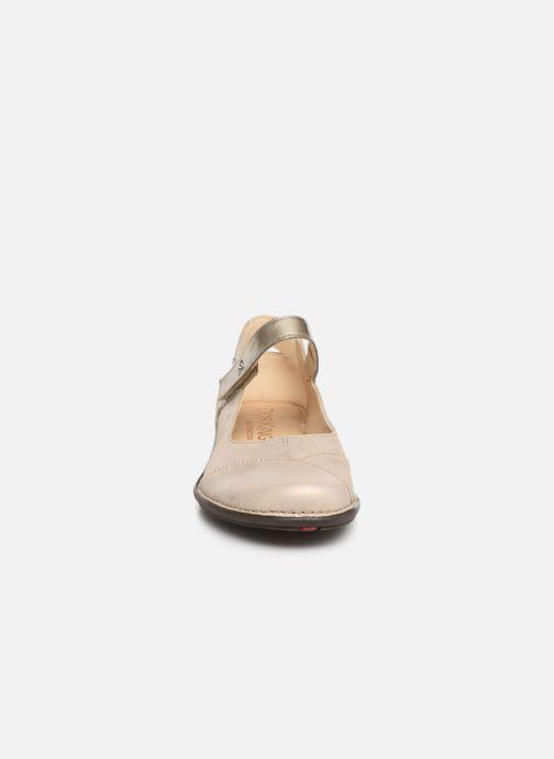 Ballerines Dorking Nicol 7883 Beige vue portées chaussures