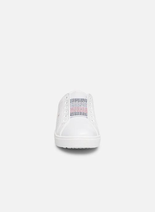 Baskets Tommy Hilfiger Slip-On Sneaker Blanc vue portées chaussures