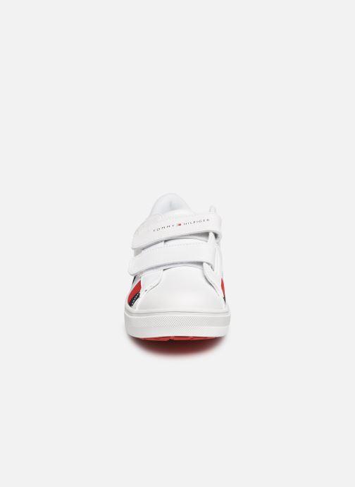 Baskets Tommy Hilfiger Low Cut Velcro Sneaker Blanc vue portées chaussures