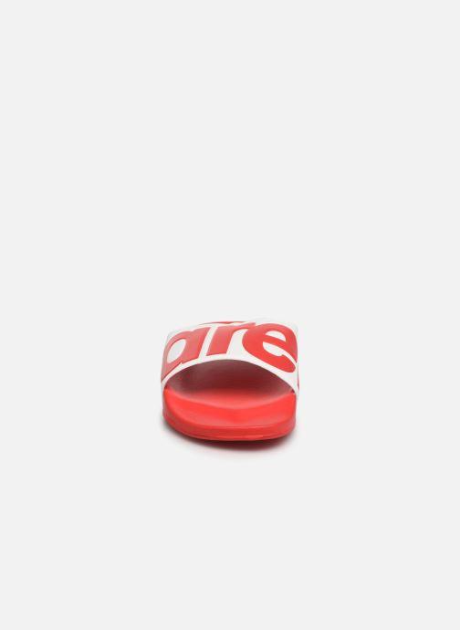 Scarpe sportive Arena Urban Slide Ad Rosso modello indossato
