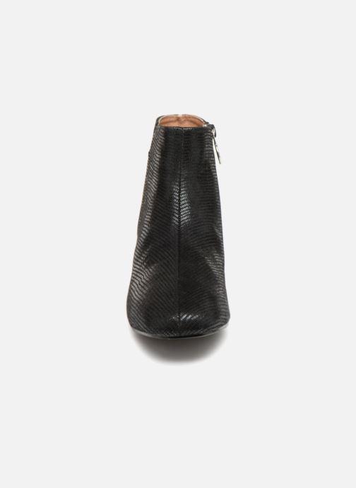 Boots en enkellaarsjes Monoprix Femme Bottines Zwart model