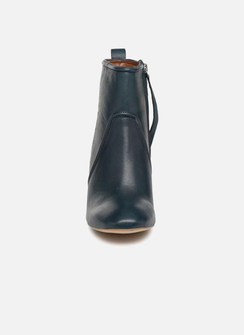Bottines et boots Monoprix Femme BOTTINE CUIR TALON ROND Bleu vue portées chaussures