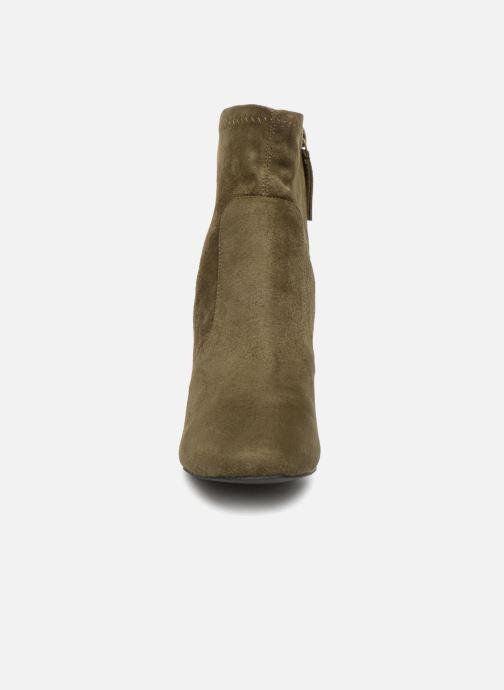 Bottines et boots Monoprix Femme Bottines chaussette Vert vue portées chaussures