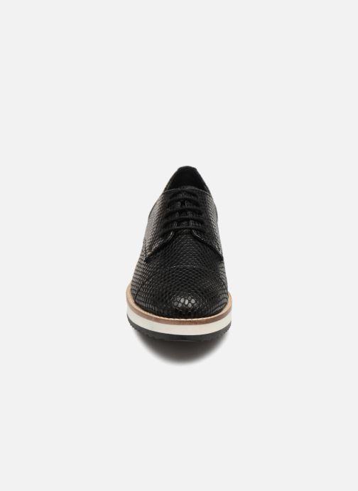 Chaussures à lacets Monoprix Femme DERBY CUIR CREPE Noir vue portées chaussures