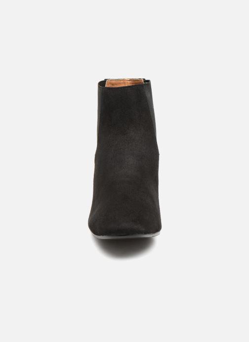 Bottines et boots Monoprix Femme BOTTINES TALON SUEDE Noir vue portées chaussures