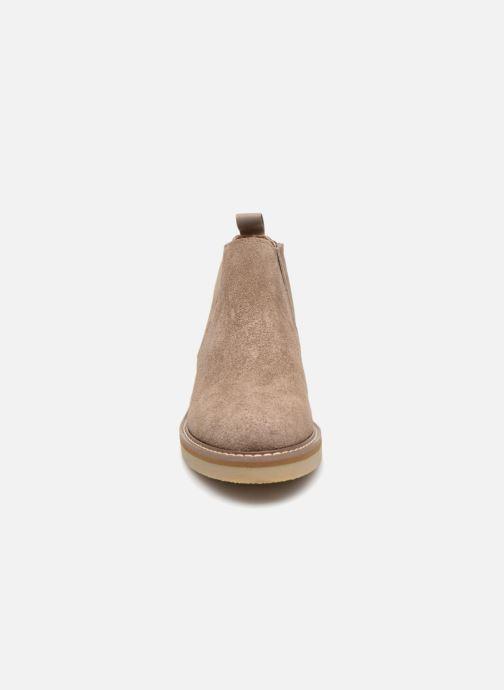 Bottines et boots Monoprix Femme CHELSEA CROUTE CUIR Beige vue portées chaussures