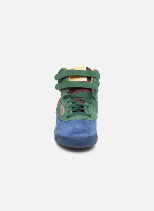 Baskets Reebok x TAO Reebok Classic x The Animals Observatory Freestyle Hi Kid Multicolore vue portées chaussures