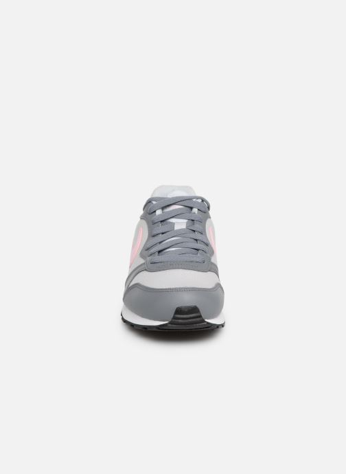 Sneakers Nike Nike Md Runner 2 (Gs) Grijs model
