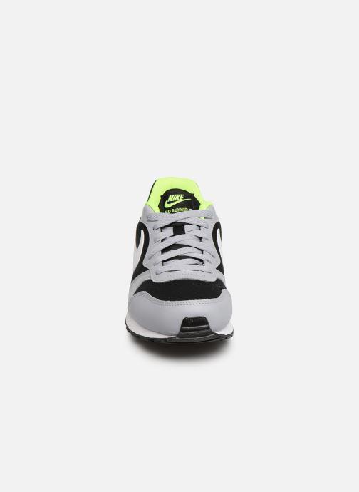 Deportivas Nike Nike Md Runner 2 (Gs) Multicolor vista del modelo