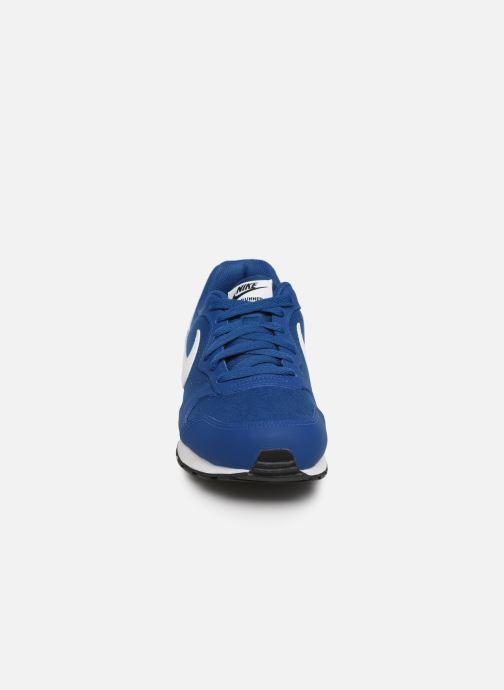 Deportivas Nike Nike Md Runner 2 (Gs) Azul vista del modelo