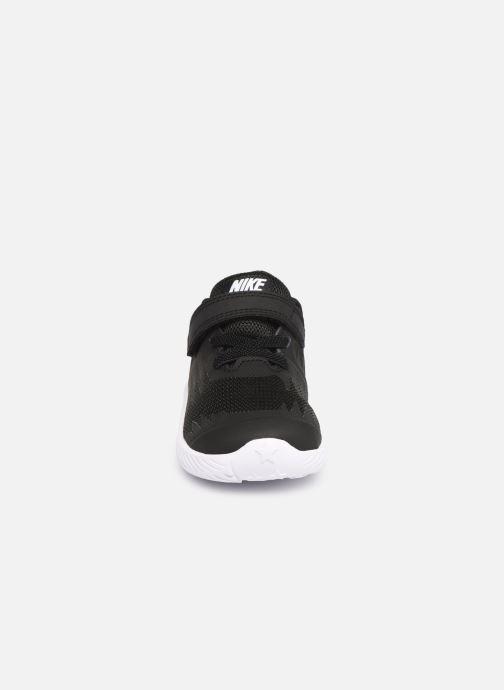 Sneakers Nike Nike Star Runner (Tdv) Nero modello indossato