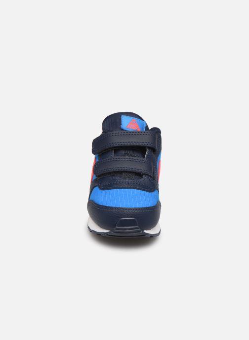 Baskets Nike Nike Md Runner 2 (Tdv) Bleu vue portées chaussures