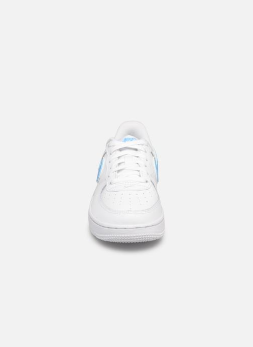Baskets Nike Force 1-3 (Ps) Blanc vue portées chaussures