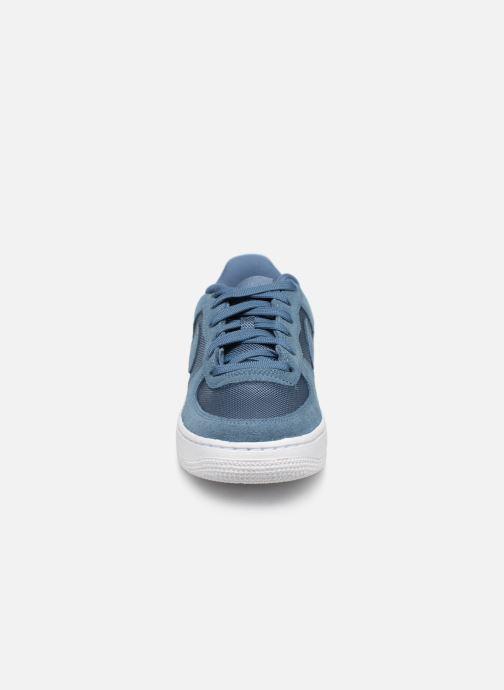 Baskets Nike Air Force 1-1 (Gs) Bleu vue portées chaussures