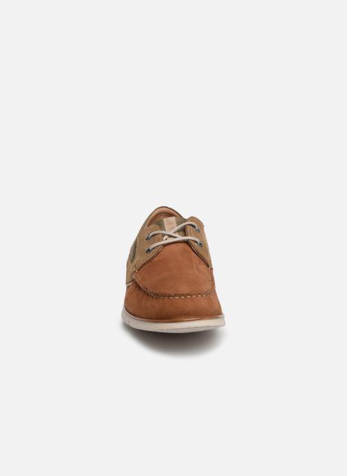 Snøresko Fluchos Giant 9763 Brun se skoene på