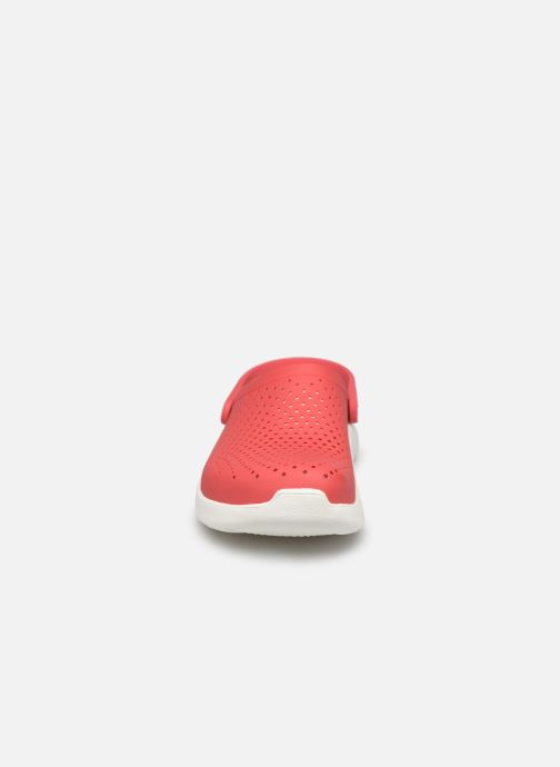Mules et sabots Crocs LiteRide Clog F Orange vue portées chaussures