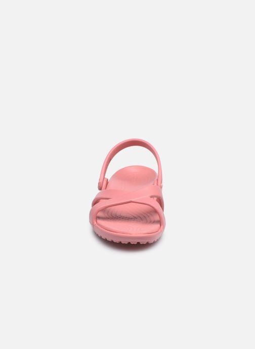 Zuecos Crocs Meleen CrossBand Sandal W Rosa vista del modelo