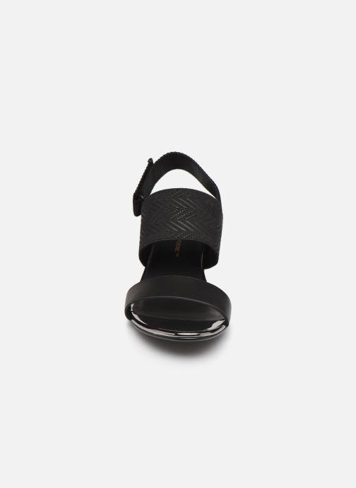 Sandales et nu-pieds United Nude Lev Sandal Mid Noir vue portées chaussures