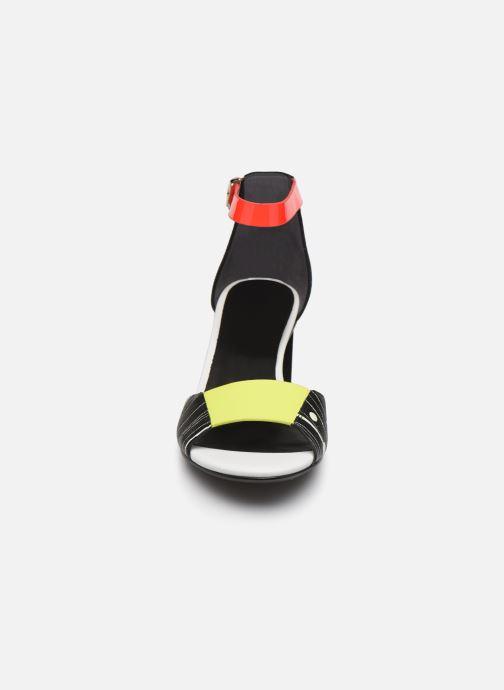 Sandales et nu-pieds United Nude Twist Sandal Noir vue portées chaussures