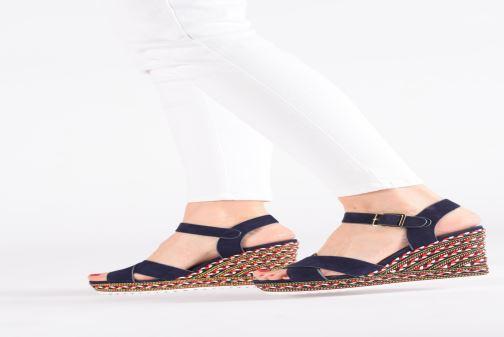 Sandales et nu-pieds COSMOPARIS EKKO Bleu vue bas / vue portée sac
