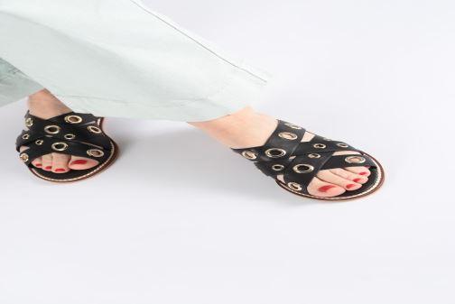 Clogs & Pantoletten COSMOPARIS EMELIA schwarz ansicht von unten / tasche getragen