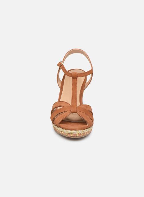 Sandali e scarpe aperte COSMOPARIS HIMOYA Marrone modello indossato