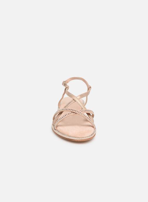 Sandales et nu-pieds Xti 56860 Beige vue portées chaussures