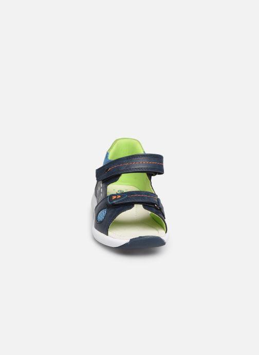 Sandales et nu-pieds Xti 56735 Bleu vue portées chaussures