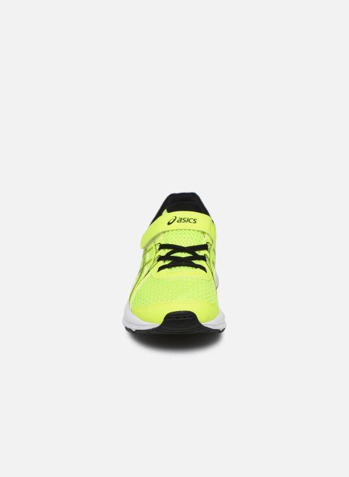 Chaussures de sport Asics Jolt 2 PS Jaune vue portées chaussures