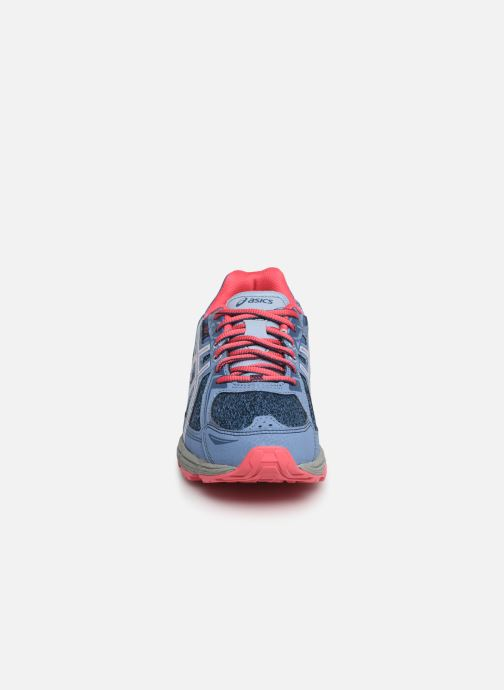 Chaussures de sport Asics Venture 6 GS Gris vue portées chaussures