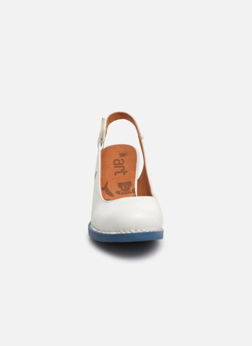 Escarpins Art Harlem 1066 Blanc vue portées chaussures