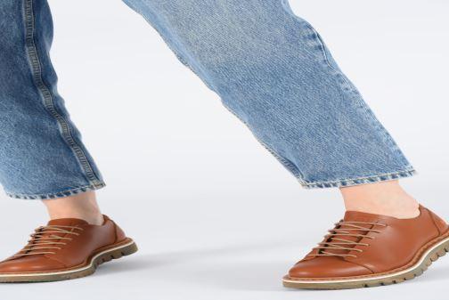 Chaussures à lacets Art Toronto 1407 Marron vue bas / vue portée sac