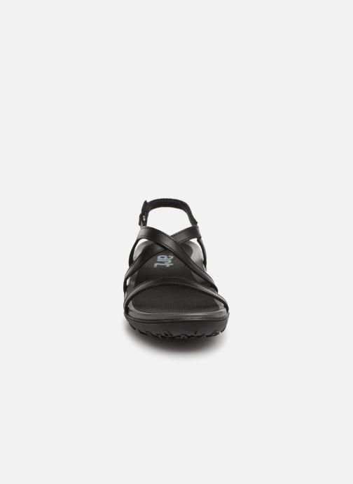 Sandali e scarpe aperte Art Antibes 1500 Nero modello indossato