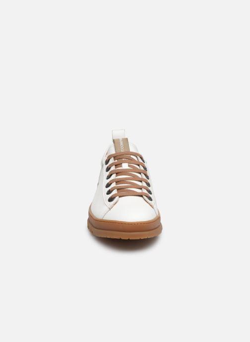 Baskets Art Mainz 1521 Blanc vue portées chaussures