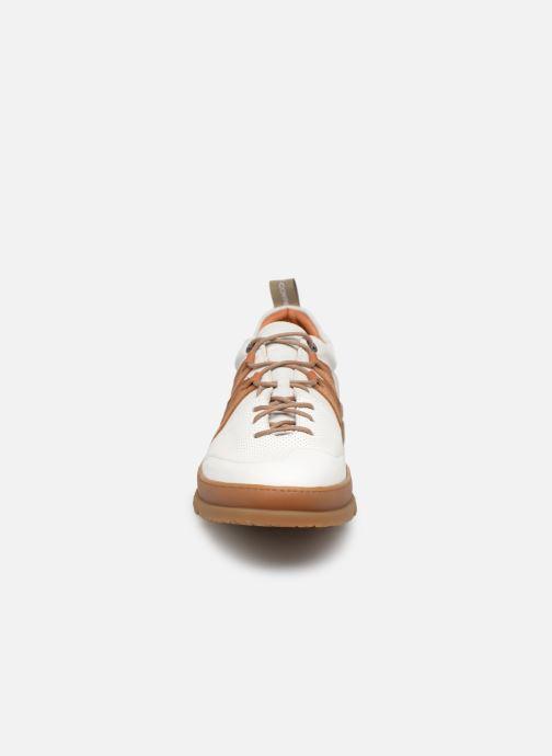 Baskets Art Mainz 1522M Blanc vue portées chaussures