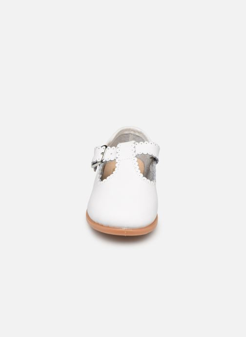 Ballerines Osito by Conguitos Loretta Blanc vue portées chaussures