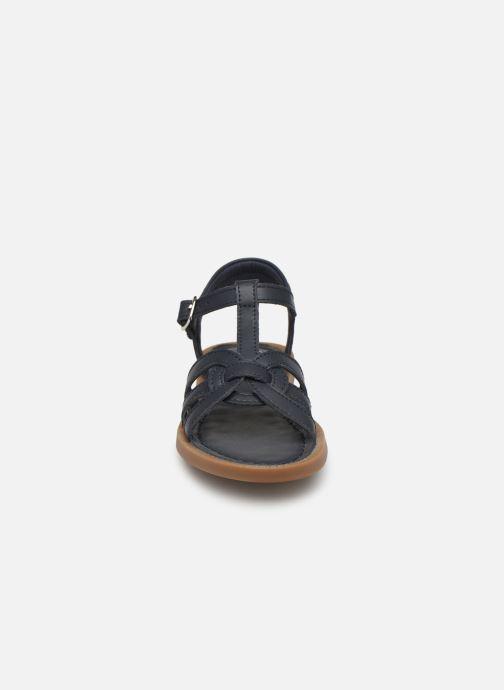 Sandales et nu-pieds Shoo Pom Solar Buckle Bleu vue portées chaussures