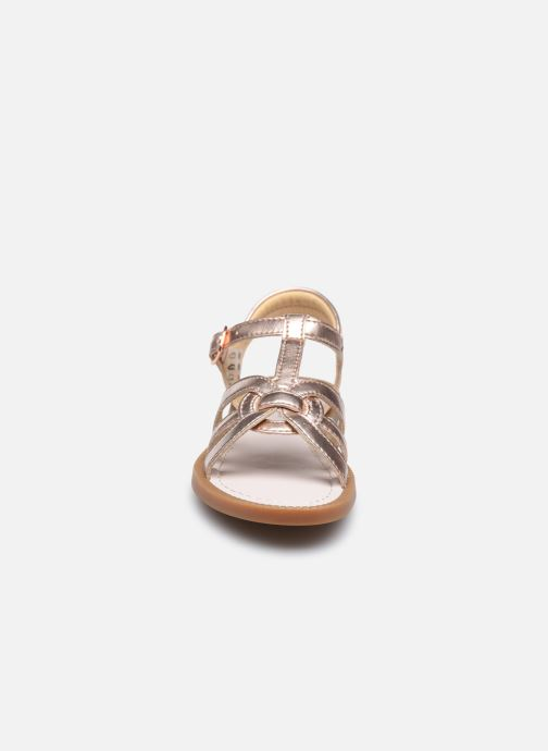 Sandalen Shoo Pom Solar Buckle silber schuhe getragen